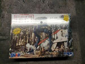 1992 MPC Ertl Star Wars Return Of The Jedi AT-ST Snap Together Model Kit sealed