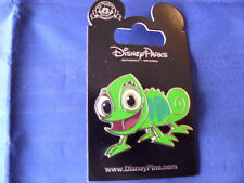 Disney * PASCAL - RAPUNZEL'S CHAMELEON - TANGLED * New on Card Trading Pin