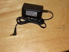 DVE DSA-15P-05 US 050100 Switching Power Supply Adapter 5V 2A
