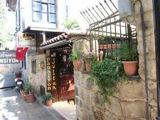 Fiyati cook dipte !  Antalya-Kaleici`nde faal Pansiyon:Acil ,artik yaslandim(76)
