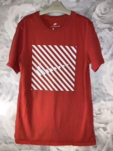 Men's Nike T Shirt - Size Small - Athletic Fit