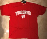 University of Wisconsin Badgers T-shirt Large Red Cool Distressed Logo NCAA
