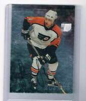 1998-99 Be A Player Autographs #102 Dainius Zubrus NM-MT Auto