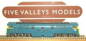 250221/19 Trix Lilliput BR Blue Western Class 52 None Powered.