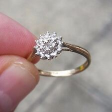 9ct gold .10ct diamond cluster ring size N