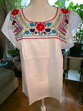 Puebla Mexican Blouse Top Shirt Embroidered Floral Flower Chiapas White M N91