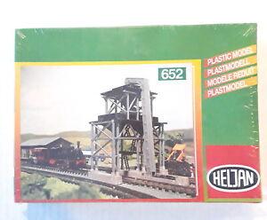 Sand Silo - Heljan #652 N Scale Model Train Structure