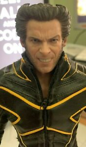 hot toys x-men 2000 wolverine 1/6 scale figure USED