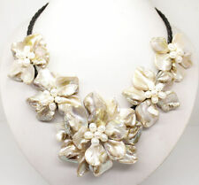 """natural white pearl & white shell pearl 5 flower pendant necklace 18"""" long"""