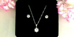 Women's Earring Necklace Cubic Zirconia Jewellery Set with Pouch + Free Ring