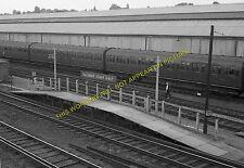 Wimbledon Staff Railway Station Photo. Wimbledon - Earlsfield Line. (6)