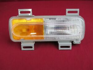 NOS OEM 1995-1999 OLDSMOBILE AURORA Side Marker Light Front Cornering Lamp Right