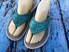 635e6587a51 CLARKS Womens Size 10 Turquoise Blue Flip Flop Sandals Thong Comfy