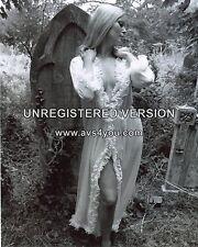 "Veronica Carlson Hammer Horror 10"" x 8"" Photograph no 14"