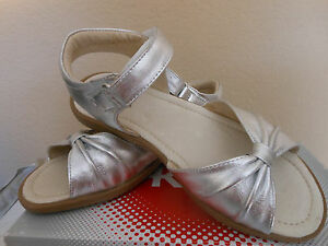 NEW See Kai Run Amber Silver Leather  Todler Girls Sandals Sz 8.5 US Shoes