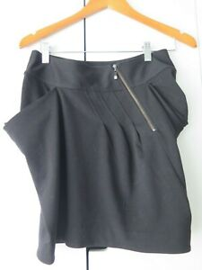 CUE IN THE CITY Sz 10 Black Skirt with Front Exposed Back Zip VGC