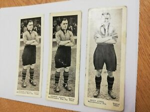 3 x1930s Wolverhampton Wanderers,Topical Times black & white players photo cards
