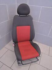 OPEL CORSA C 3 türer SITZ Fahrersitz vorne links STOFF schwarz rot (B3438)