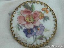 Hermosa Vintage 60/70'S Micro grano De Cristal Frost Acabado Flor Posy Bufanda Clip Anillo