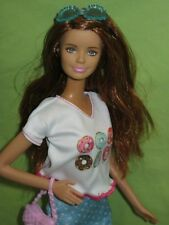 Barbie 2015 FASHIONISTAS #6 Red Hair Posed Body CLN69 Doll in Donut Tee Outfit