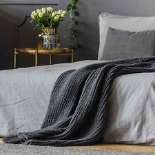 Graue Bettüberwürfe & Tagesdecken