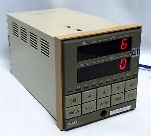FUJI ELECTRIC PYKCRY11-0KY Temperature controller PYK