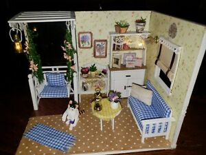 Miniature Dollhouse Room Box 1:12 Scale Summer Room