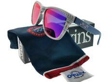 01ee817f50 Gafas de sol Oakley OO9013-85 Frogskins Unisex Gafas de sol Marco blanco  LENTE DE IRIDIO ROJO Nuevo con etiquetas