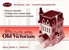 Polar Lights Old Victorian 1:87 Scale Model Kit