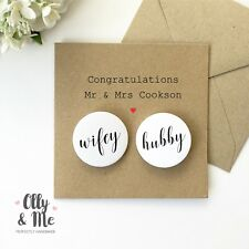 Personalised Congratulations Wedding/Marriage Couple Card & Wifey Hubby Badge