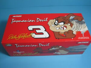 Dale Earnhardt #3 GM Goodwrench 2000 Monte Carlo TAZ / NO BULL 1:24  ACTION
