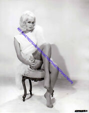 ACTRESS JANETTE SCOTT BEAUTIFUL LEGS IN NYLONS LEGGY FEET TOES PHOTO A-JSCO