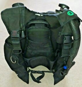 Aqua Lung Wave BCD Stabilisation Jacket Size Small Black - Used Once, Excellent