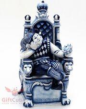 Gzhel porcelain figurine of Harlequin Jester Clown Jocker on the throne w crown