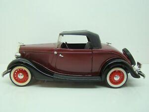 SOLIDO - 1/18 - FORD V8 ROADSTER DE 1934 - BORDEAUX -