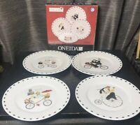 Oneida Kitchen Jennifer Garant Chefs to Go Set of 4 Salad Dessert Plates Bicycle