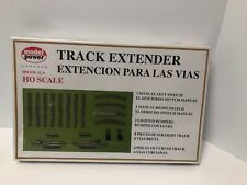 New Model Power HO Scale Track Extender Kit - #142  16 Piece Kit Sealed