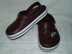 Crocs ladies/men's burgundy slip on shoes, M 4, W 6  waterproof