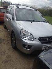 Kia carens 2.0 crdi 6 speed manual 2008 model breaking parts headlight bulb