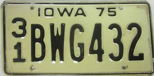 IOWA 1975 licence/number plate US/United States/USA/American bwg 432