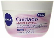 Nivea Cuidado Aclarado Natural  Facial Cream Helps Uneven Skin Tone SPF 15 200ml