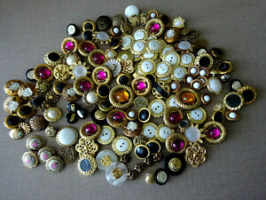 VINTAGE BUTTONS MIXED LOT