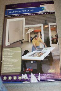 NEW PetSafe FREEDOM LARGE WHITE ALUMINUM PET DOOR HPA11-11600