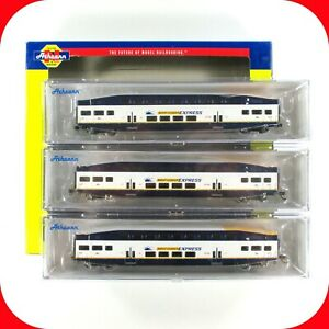 N Scale BOMBARDIER West Coast Express Coach Car 3-Pack Set - ATHEARN 24442 *RARE