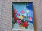 alte Karte Blumenkorb Rosen , eine der ersten 3 D - Karten. beschrieben