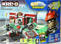New KRE-O CityVille Invasion Bank Bandit Bust Set  Harry Holdup Sergeant Trigger