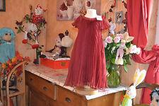 robe neuve repetto rouge fenice 5  ans   /plissee 121 EUROS