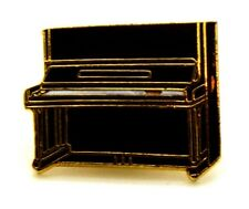 Pin Spilla Pianoforte A Muro cm 2,1 x 1,7 - (AIM PGHPA USA) - (Cod. M125)