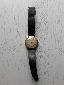 Caravelle Vintage Men's Watch still ticks when turned in as found condition!