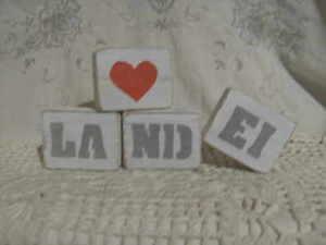 deko,shabby,freundin,vintage,home,einzug,loftgeschenk,landhaus♥HOLZWÜRFEL LANDEI